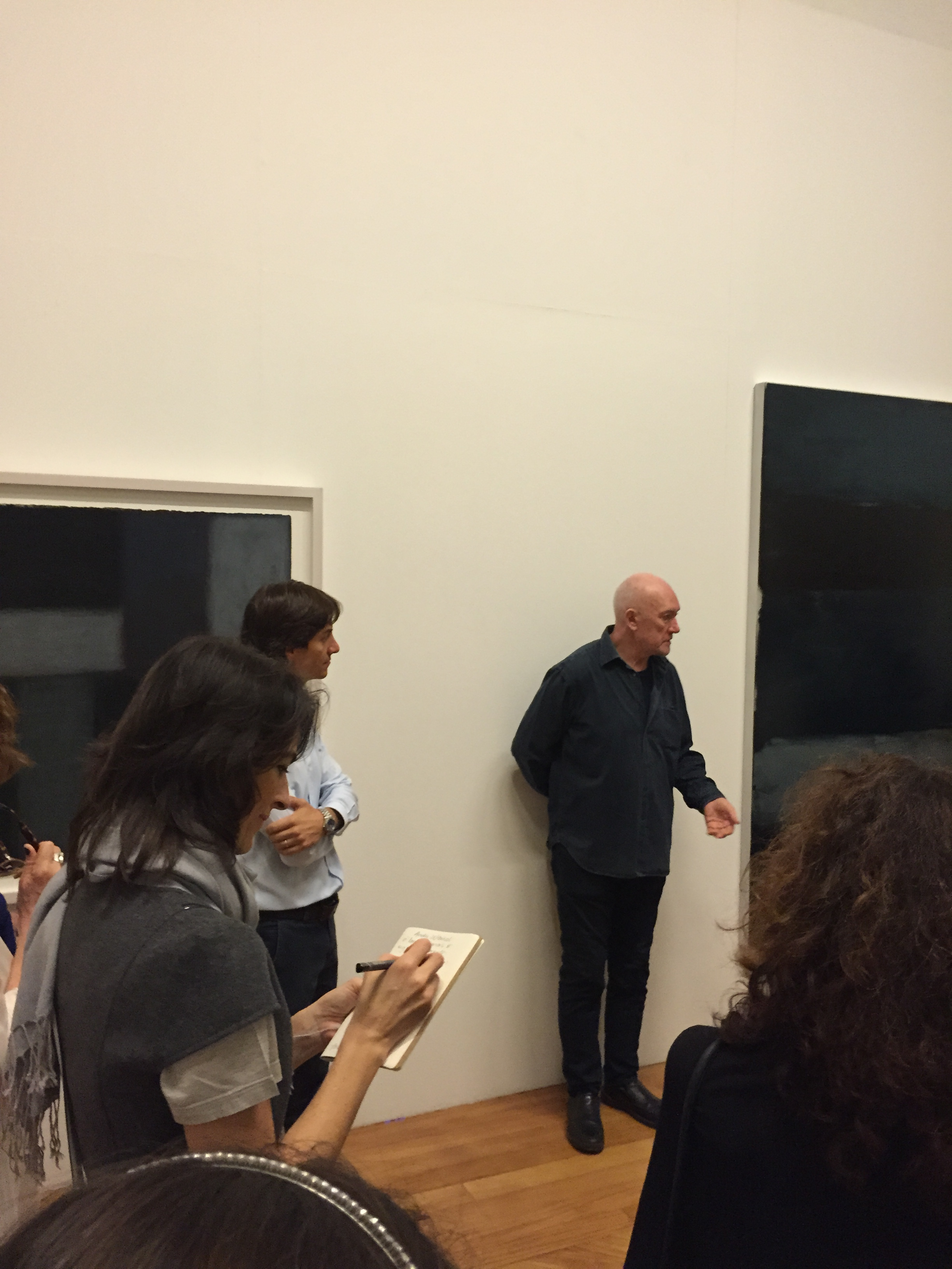 Interested in Scean Scully's tips during his visit to Pinacoteca do Estado de São