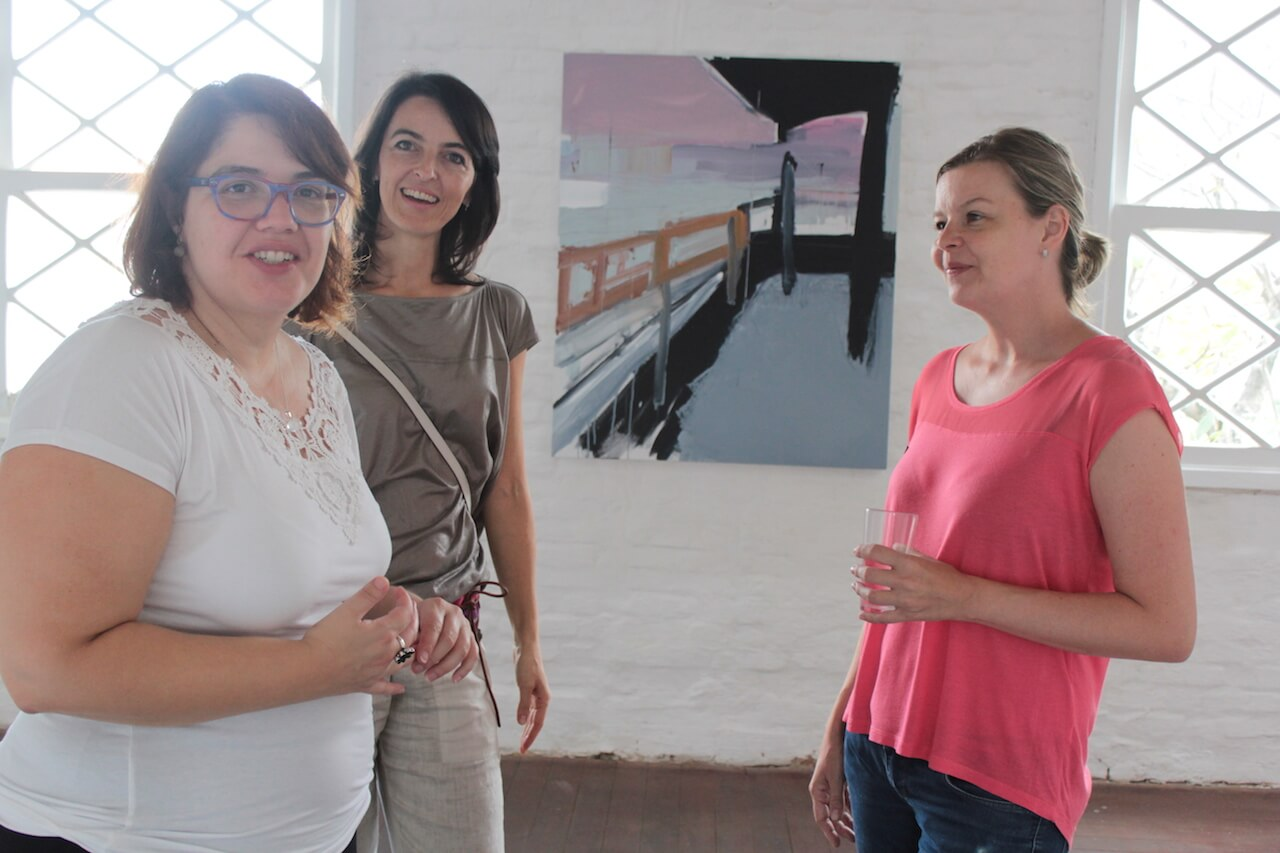 Chat with Taisa Palhares e Roberta Tassinari during the solo exhibit